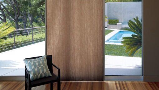 Cortina para portas: um jeito funcional de decorar ambientes